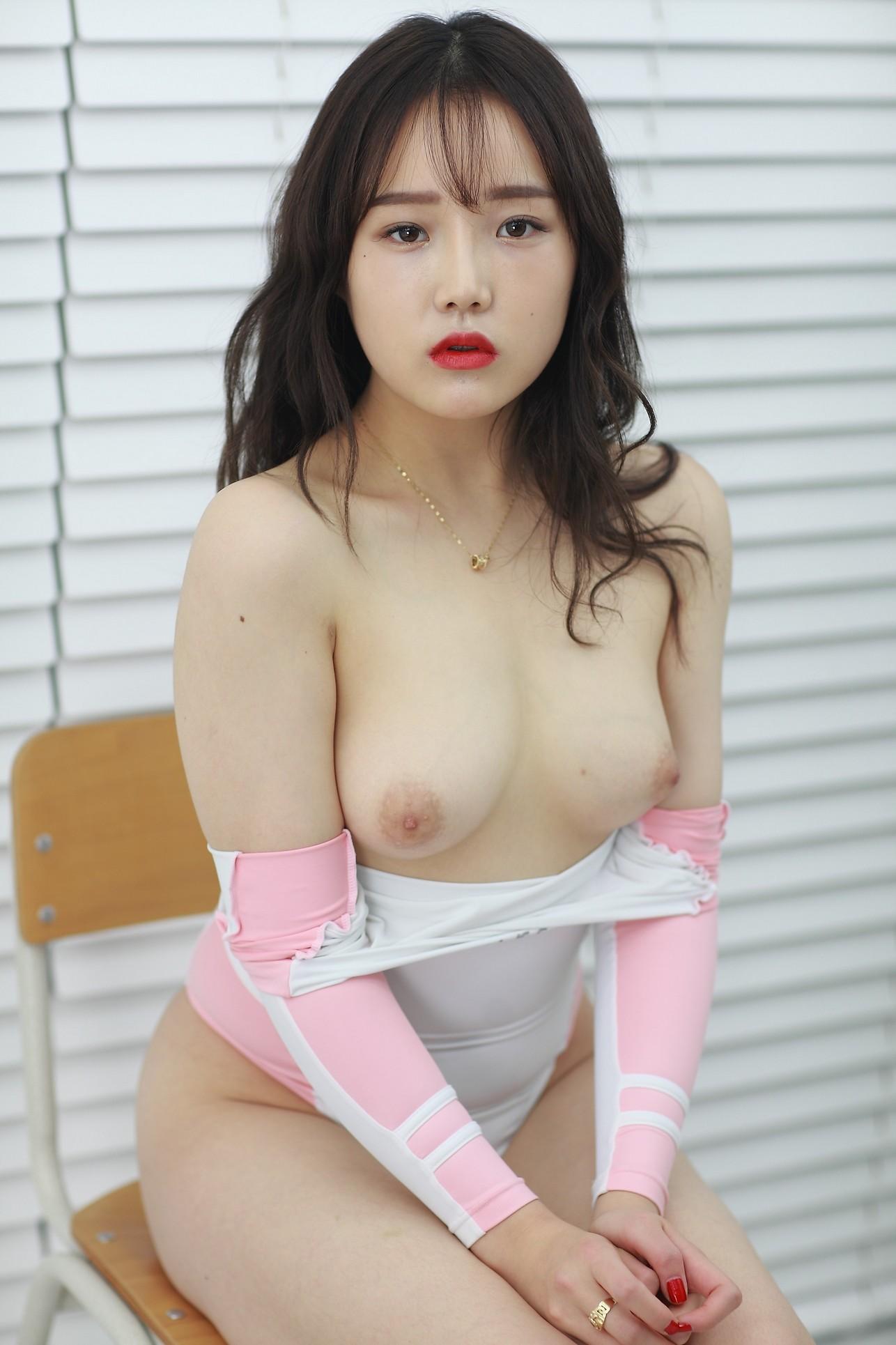 韩国模特大尺度流出 套图]韩国58位极品模特全裸大尺度私拍套图流出– 全色网